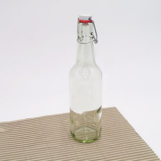 Klarglas Bügelflasche mit Porzellandeckel und Gummidichtung 500 ml